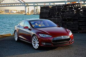 Bild 1: Tesla Model S.